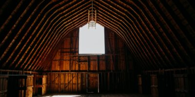 how to properly vent an attic